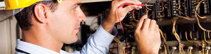 Electrician Salary in the UK
